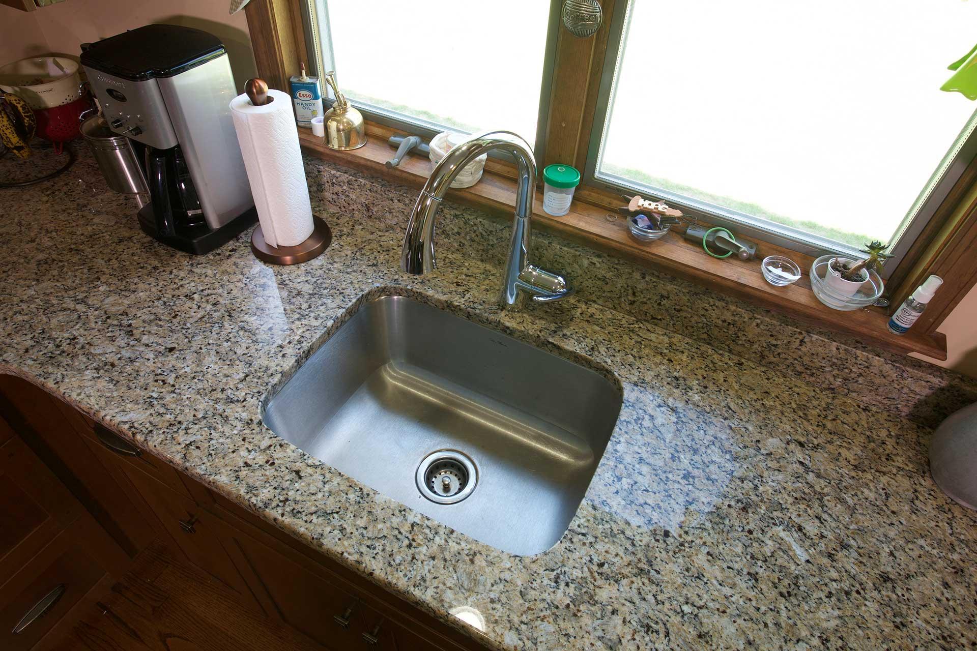 Medium Sized Kitchen Sink
